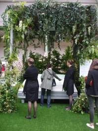 livre interactif citation Dior