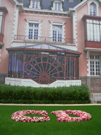 Façade maison familiale Dior