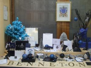 vitrine-benneton graveur