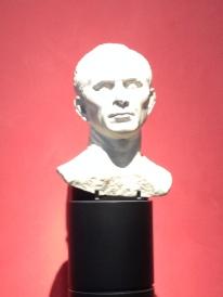 Tête de César, musée d'Arles